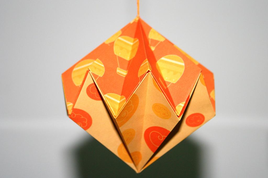 Modulaire senbazuru vid os pour apprendre l 39 origami - Decoration de noel en origami ...