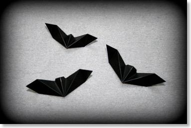 halloween reine de la nuit senbazuru vid os pour apprendre l 39 origami. Black Bedroom Furniture Sets. Home Design Ideas